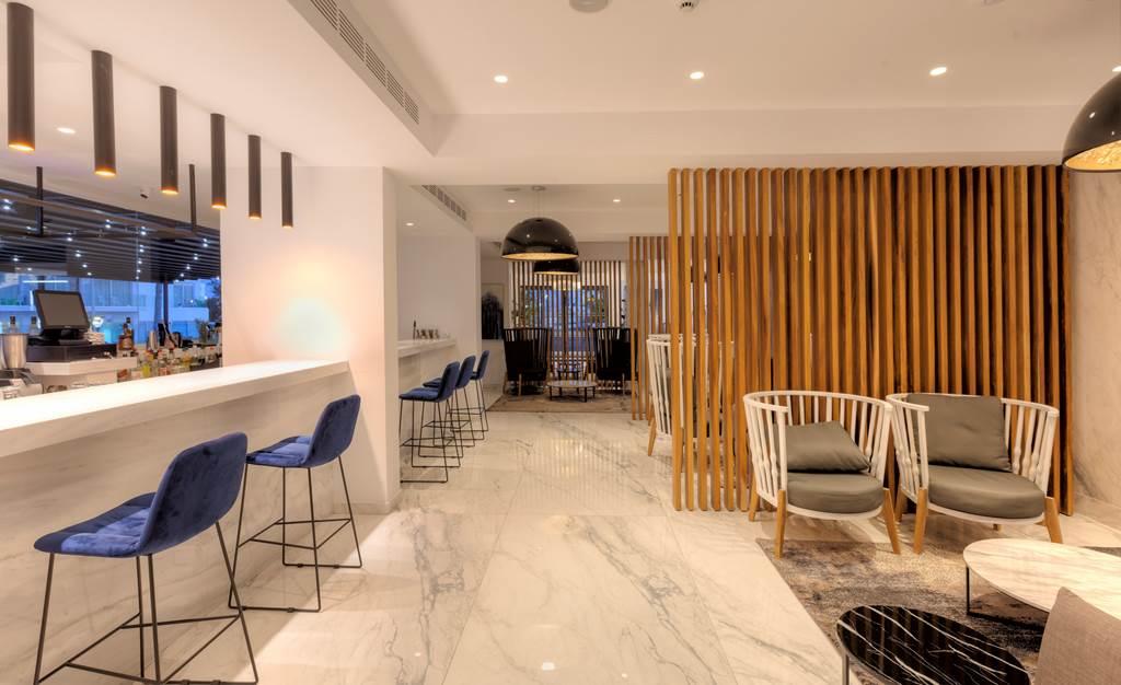 Blue Ivy Hotel (27)