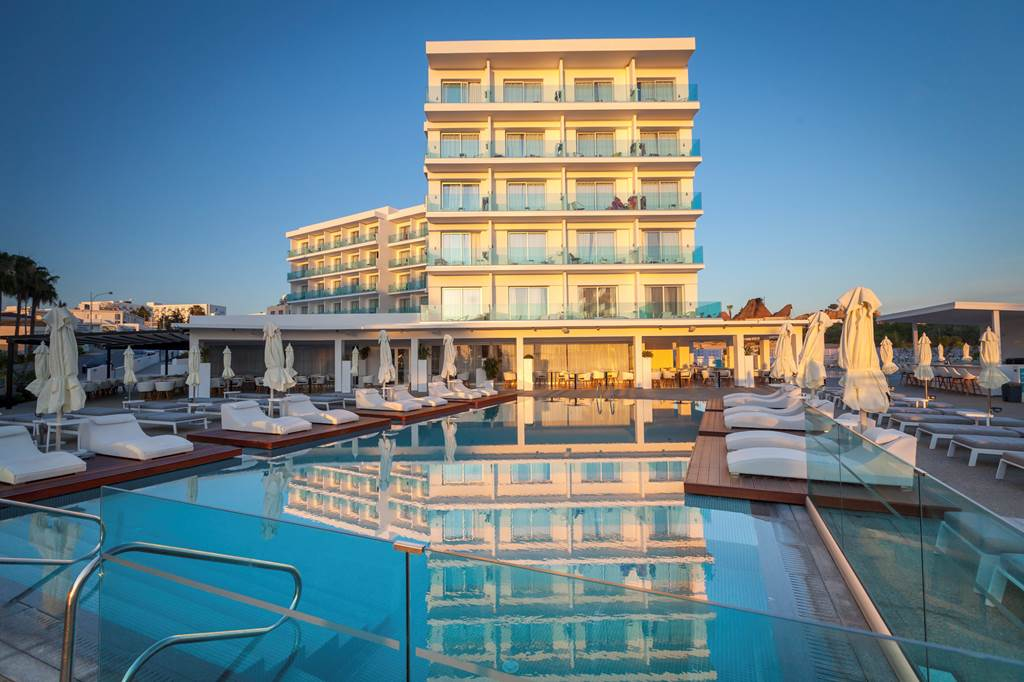 Blue Ivy Hotel (4)