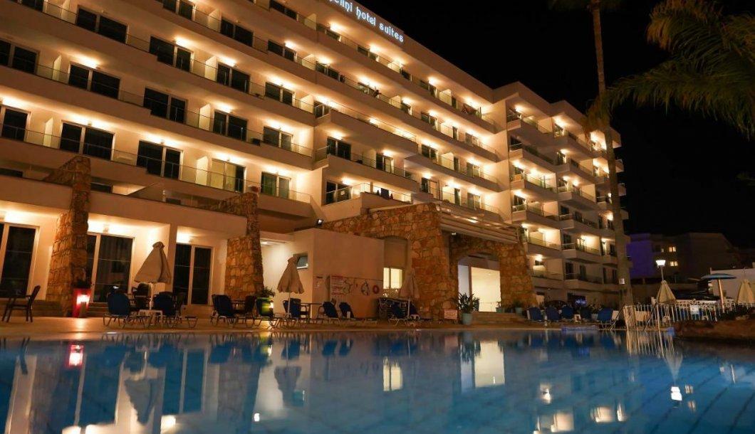 Melini Hotel Apts .006