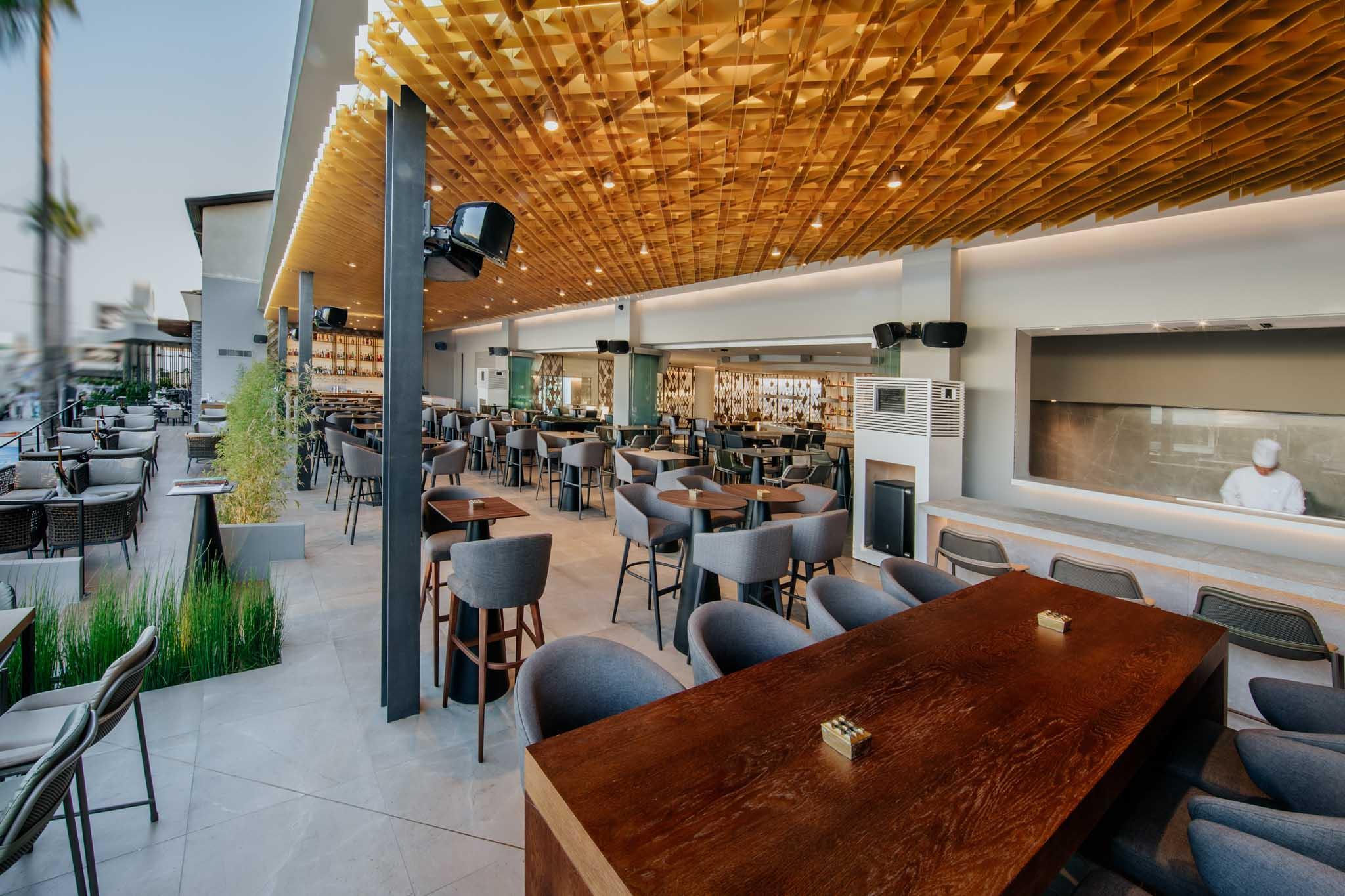 Napa-Plaza-restaurants-547