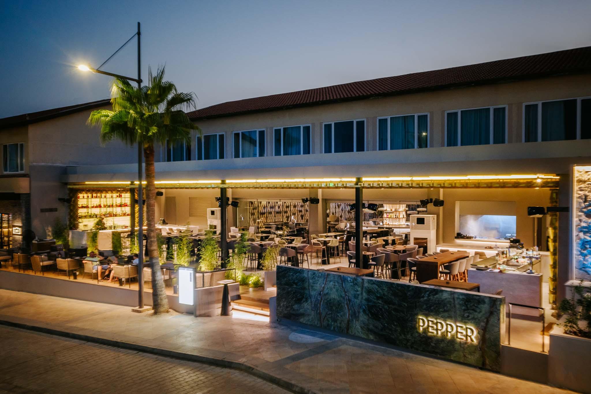 Napa-Plaza-restaurants-575